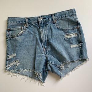 Levi's | Cutoff Denim Shorts Distressed Light Wash